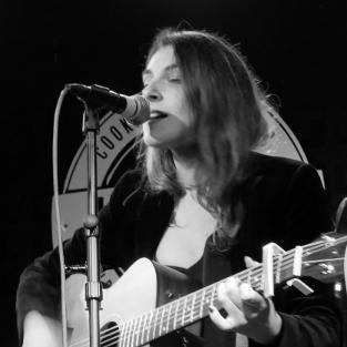 Carlota García Madariaga, profesora de guitarra